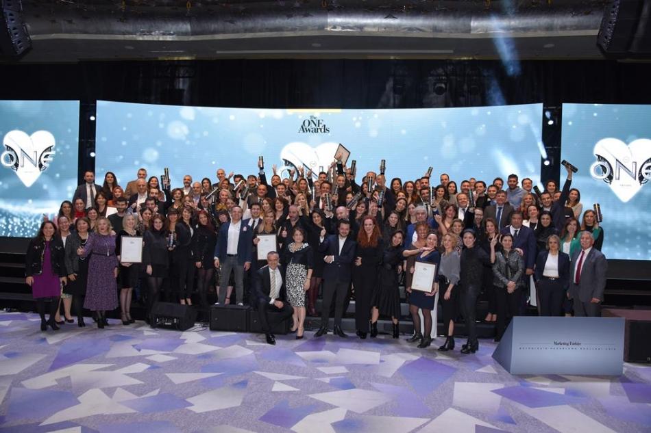 İş dünyasının Gurur Gecesinde 'YILIN İTİBARLILARI' Ödüllerine Kavuştu