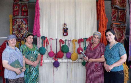 Ahıskalı Kadınlardan Halı Projesi