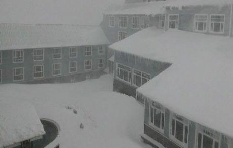 Kartepe'de Kar Kalınlığı 68 Santimetreye Ulaştı