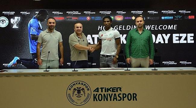 Konyaspor'un Yeni Forveti İmzayı Attı