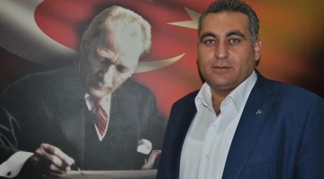 MHP'li Belediye Başkanı İhraç Edildi