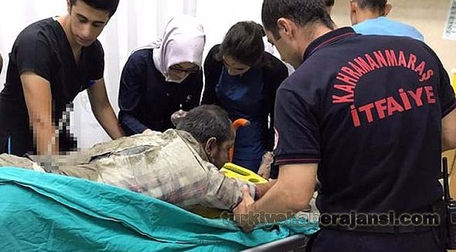 Sırtına Saplanan Demirle Hastaneye Götürüldü