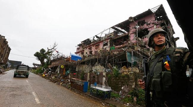 Filipinler'deki O Kent DAEŞ'ten Arındırıldı