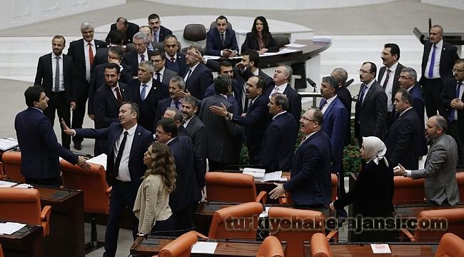 TBMM'de AK Parti İle CHP Arasında Tansiyon Yükseldi