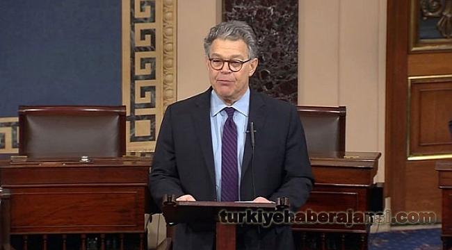ABD Senatörü Franken İstifa Etti
