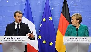 Merkel ve Macron'dan Ukrayna Açıklaması