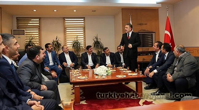 Başkan Alatepe'ye, Tebrik ve Ziyaretler Sürüyor