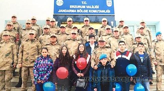Çocuk Meclisi'nden Jandarma Bölge Komutanlığına ziyaret