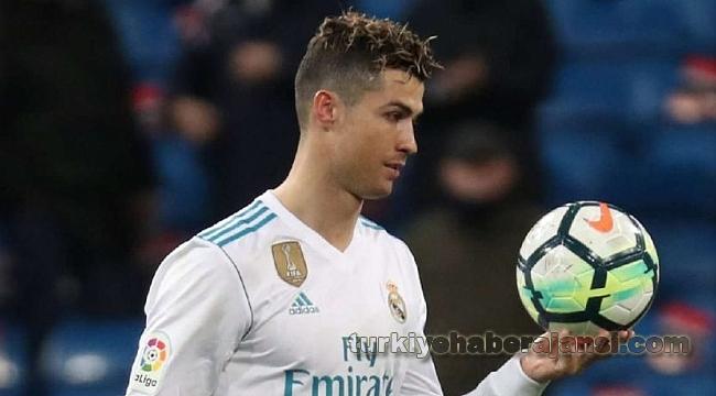 Ronaldo'dan 25 Milyon 693 Bin 315 Euro'luk Geri Adım
