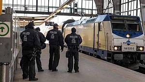 Almanya'da Trende Tecavüz Skandalı!