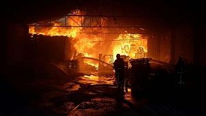Bursa'da Bir Fabrikada Yangın Çıktı