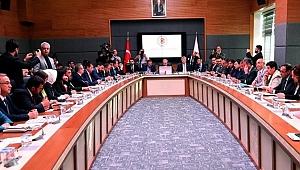 Erken Seçim Teklifi Anayasa Komisyonu'ndan Geçti