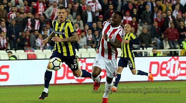 Fenerbahçe Zorlu Virajı Kazasız Döndü!