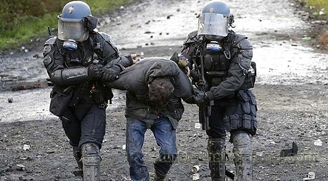 Fransa'da Polis Göstericilere Sert Müdahale Etti