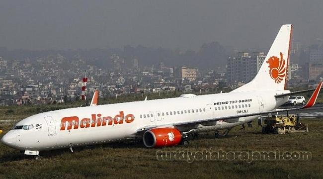 Havalimanında Panik Anları Yolcu Uçağı Pistten Çıktı