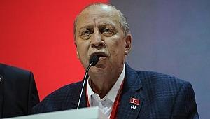 Yaşar Okuyan Vatan Partisi'nden İstifa Etti