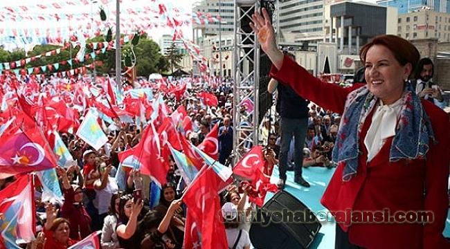 Akşener Çorum Mitinginde TRT'ye Çok Sert Yüklendi