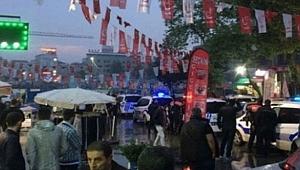 İstanbul'da İYİ Parti Standına Bıçaklı Saldırı