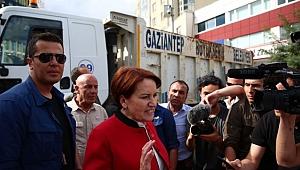 Skandal: Akşener'in Önü Çöp Kamyonu İle Kesildi