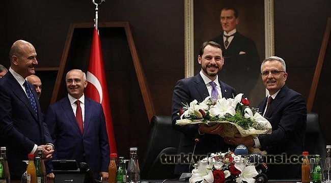 Berat Albayrak'tan Naci Ağbal'a Çiçek Esprisi!