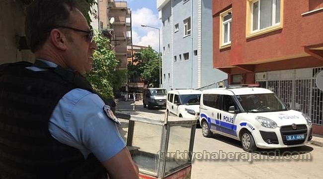 Bursa'da rehine krizi! Polise ateş açtı