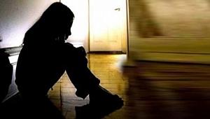 Manisa'da 14 Yaşındaki Kıza Kabusu Yaşattılar!