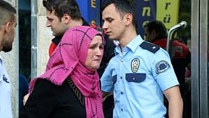 Şişli'de Bir Kadın Oğlundan Şüphelendi, Takip Etti!