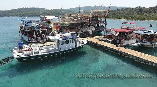 Bayramda Teknelerden 90 Ton Atık Su, 128 Ton Çöp Toplandı