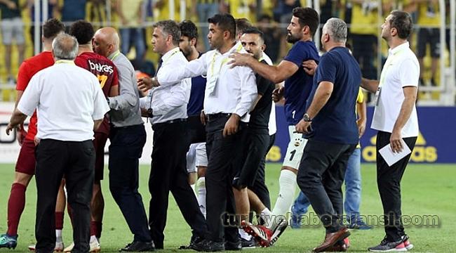 Maç Sonrası Kadıköy'de Olay!