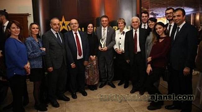 2018 Altın Portal Ödül Töreni'nde Gururlandıran Ödül