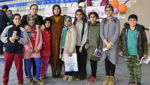 Ayşe Güzeloğlu, Kadınlar Günü ve Kitap Şenliğine Katıldı