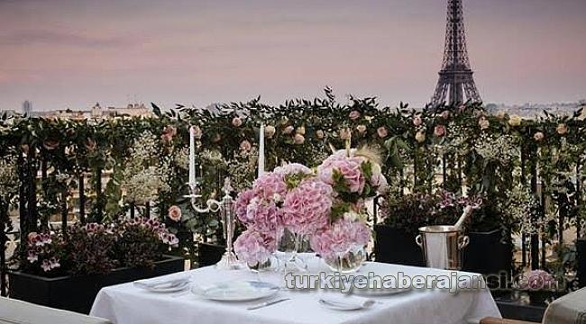PENINSULA, PARIS'in Büyüsünü Keşfetmeye Davet Ediyor