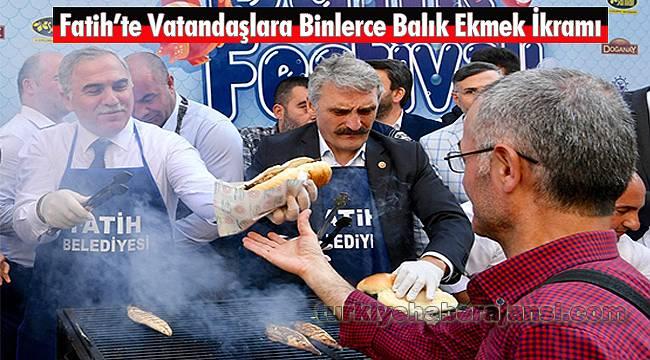 Fatih'te Vatandaşlara Binlerce Balık Ekmek İkramı
