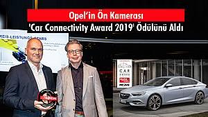 Opel'in Ön Kamerası 'Car Connectivity Award 2019' Ödülünü Aldı