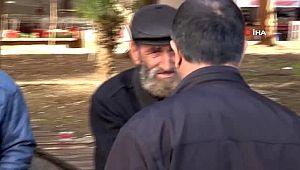 Polis yaşlıları parkta uyarıp evlerine gönderdi