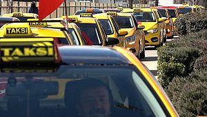 Taksicilerden 'Bahar Kalkanı Harekatı'na destek konvoyu