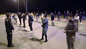 Dansözlü Drift partisine katıldılar, 392'şer lira CEZA yediler