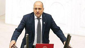 Ahmet Şık, HDP'den İstifa Etti!
