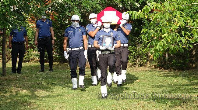 Denizde boğulan Polis memuru, toprağa verildi