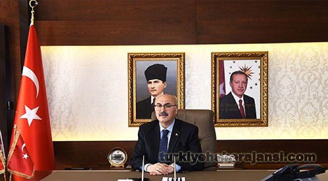 İzmir Valisi Köşger'den Bayram Kutlama Mesajı