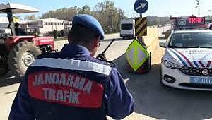 Jandarma Trafik 2 bin 541 araca CEZA kesti