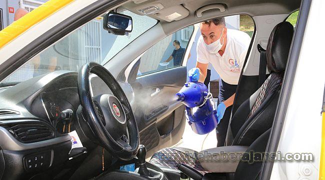 Bayrampaşa'da Taksiler Dezenfekte Ediliyor