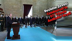 Devletin Zirvesi Cumhuriyet'in 97. Yılında Anıtkabir'deydi