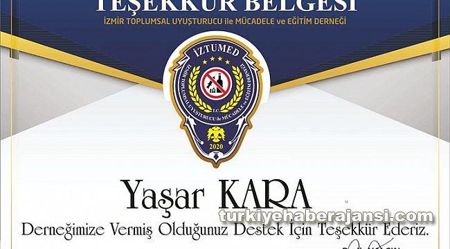 İzmir TUMED Duayen Gazeteci Kara'ya TEŞEKKÜR belgesi verdi