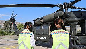 Kadın Subaylar Trafiği Havadan Denetliyor..!