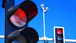 Bir günde 5 bin 476 Sürücüye KIRMIZI IŞIK Cezası
