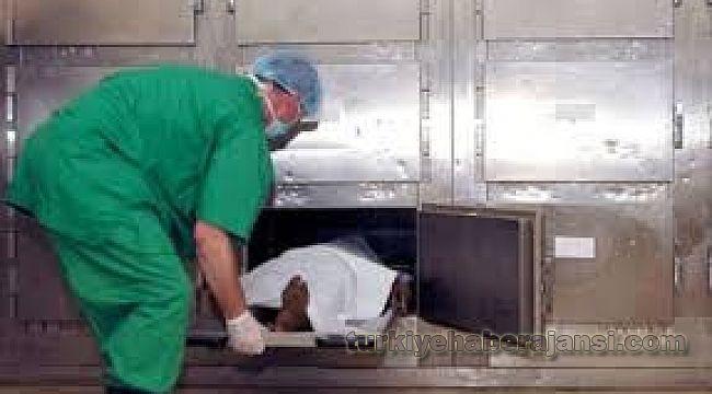 Polis katilinin cesedi morgda kaldı