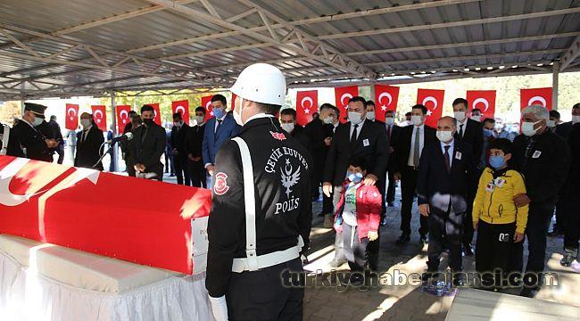 Şehit Polis Memleketi Osmaniye'de Toprağa Verildi