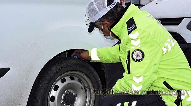 Kış Lastiği Takmayan Sürücülere CEZA Kesildi