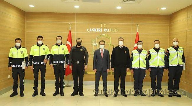 Trafik Haftasında Emniyet ve Jandarma Personeline BAŞARI BELGESİ